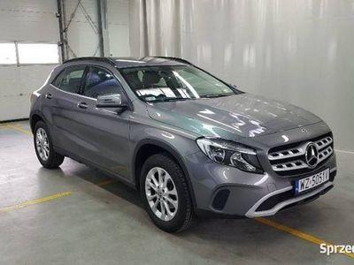 używany Mercedes GLA180 1.6dm 122KM 2018r. 17 478km