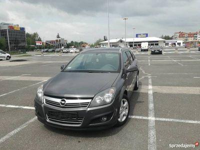 używany Opel Astra Kombi, 1,7 CDTI, 110 KM, 2011r