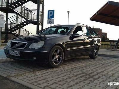 używany Mercedes C220 CDI W203 klima, tempomat Awantgarde