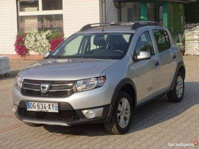 używany Dacia Sandero Stepway 0.9dm 90KM 2014r. 25 602km
