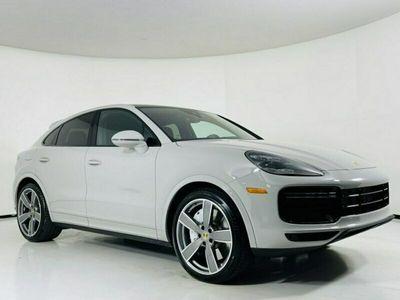 używany Porsche Cayenne Cayenne2020 WHITE 8 CYLINDER BENZ. 460KM 2497KM III(2017-)