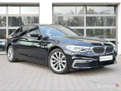 używany BMW 520 2dm 190KM 2017r. 101 976km