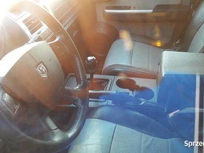 używany Dodge Nitro