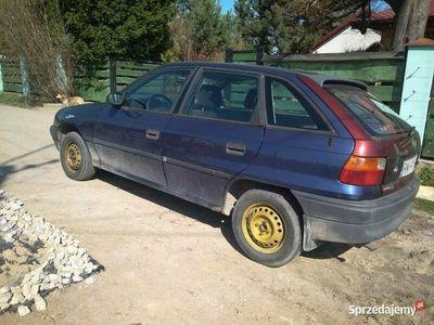 używany Opel Astra 1.6
