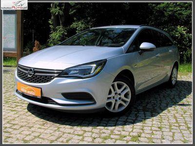 brugt Opel Astra 1dm3 105KM 2017r. 14 000km *InteliLink*LCD*ESSENTIA*Niski Przebieg*Roczna Gwarancja Techniczna*