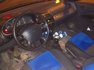 używany Mazda 323