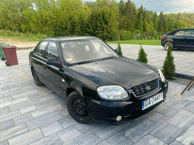 używany Hyundai Accent 1.5dm 90KM 2005r. 163 000km