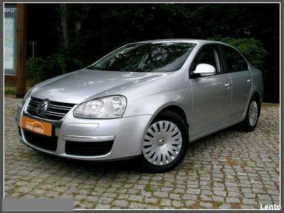 używany VW Jetta 1.6dm 102KM 2008r. 207 000km