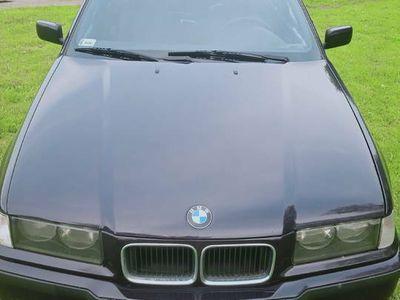używany BMW 316 E36 i z gazem części m- pakiet