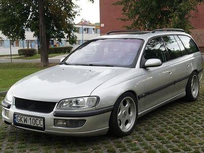 brugt Opel Omega B 2,5 TDS skora;; klima;; automat
