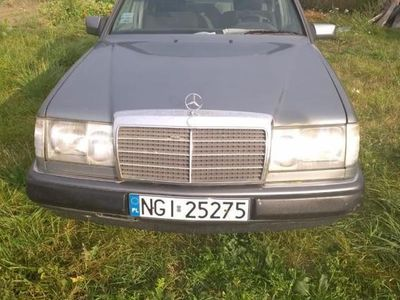 używany Mercedes 230 230 2.3 E-KLASSA2.3 E-KLASSA