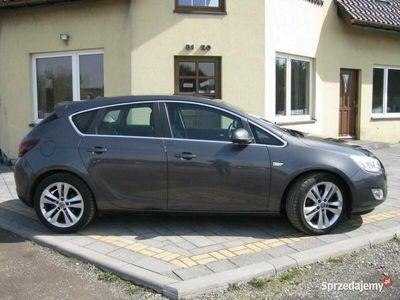 używany Opel Astra 1.7dm 125KM 2011r. 244 032km