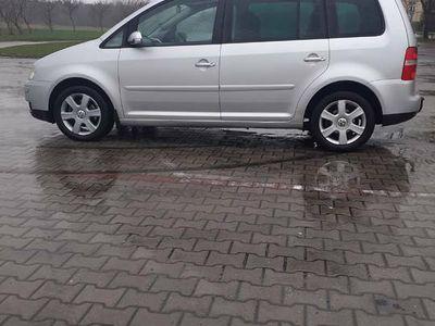 używany VW Touran 2 0 140 km anglik 7 osobowy