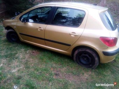 używany Peugeot 307 w całości lub na części