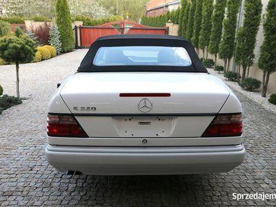 używany Mercedes E320 KlasaW124 Cabrio Kabriolet USA