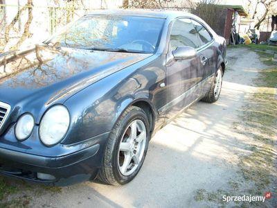 używany Mercedes CLK200 możliwa zamiana