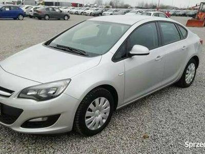 używany Opel Astra IV (2010-)