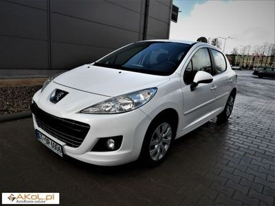używany Peugeot 207 1.4dm 95KM 2011r. 122 106km
