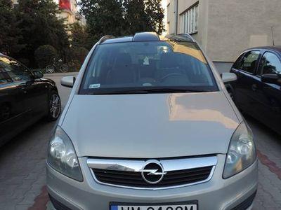 używany Opel Zafira B Panorama 7 osobowa 123000 km