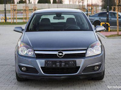 używany Opel Astra 1.7 CDTI 110 KM, Skóra, Klimatronik, Parktronik