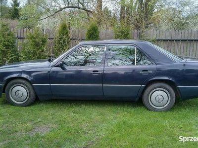 używany Mercedes E250 W124 D Turbo Diesel rocznik 1991