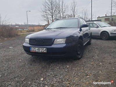 używany Audi A4 b5 kombi rok 96 bezyna 1.8 z gazem