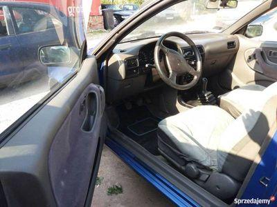 używany Nissan 100 NX