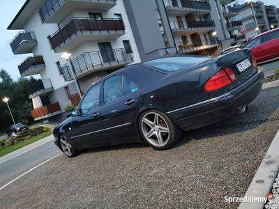 używany Mercedes E200 W210