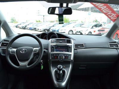 używany Toyota Verso 1.8 Premium Benzyna, 2015 r.