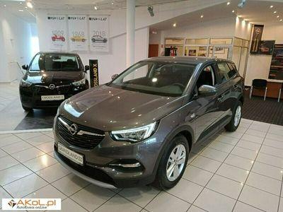 używany Opel Grandland X 1.6dm 180KM 2021r. 2km