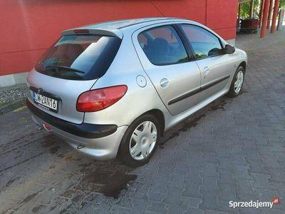 używany Peugeot 206 1.6 benzyna 90KM