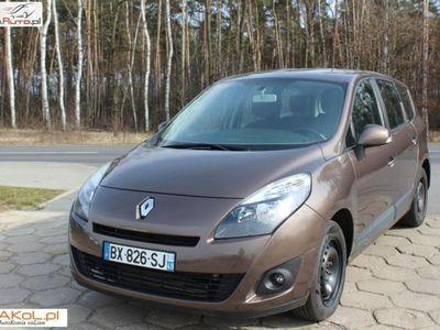 używany Renault Scénic 1.5dm3 110KM 2011r. 102 000km po wszystkich opłatach
