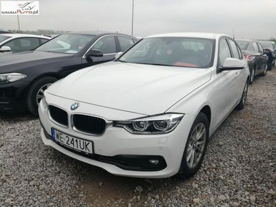 used BMW 318 1.5dm3 136KM 2018r. 12 345km ABS