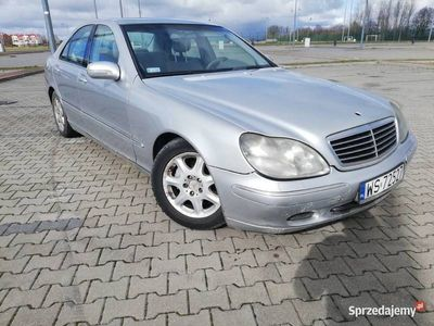 używany Mercedes 220 S W