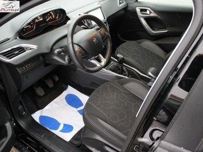 używany Peugeot 2008 1.2dm3 110KM 2016r. 29 400km Pure Tech Active S&S ABS ręczna klima.