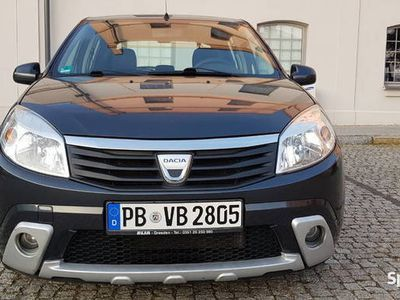 używany Dacia Sandero stepway 1,6 MPI po oplatach