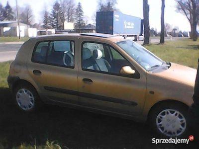 używany Renault Clio 1.4 16 V