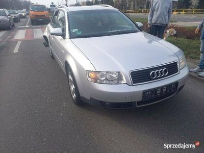 używany Audi A4 1,8T, uszkodzone na chodzie