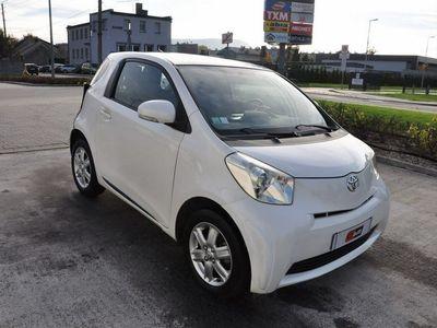 używany Toyota iQ 1dm 68KM 2010r. 118 411km
