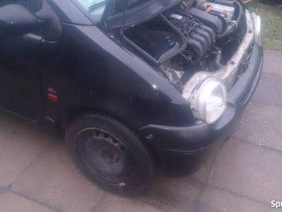 używany Renault Twingo w całości na części