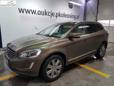 gebraucht Volvo XC60 XC60 2.4dm3 190KM 2016r. 164 846kmD4 AWD Summum aut