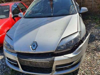 używany Renault Laguna III 2012r. uszkodzona do rejestracji