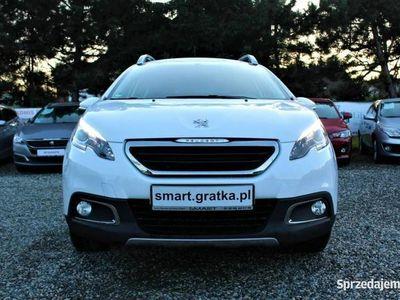 używany Peugeot 2008 1.2dm 110KM 2015r. 43 587km