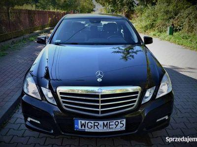 używany Mercedes E200 Bezwypadkowy/ Zadbany / Automat/ Serwisowany/ Avangarde/ Okazja