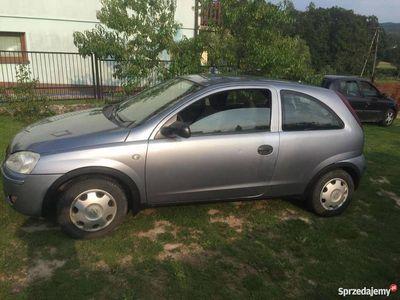 używany Opel Corsa 1.0 bezyna