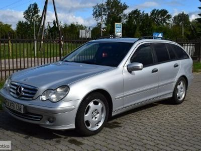 używany Mercedes C220 Klasa C W203T CDI Elegance