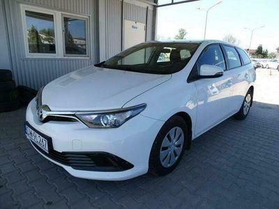 używany Toyota Auris 1.4dm 90KM 2017r. 152 467km