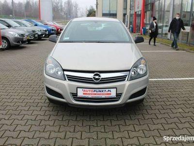 używany Opel Astra Essentia Salon Polska, 1 właściciel - tylko 60 tys. km! Klimatyzacja