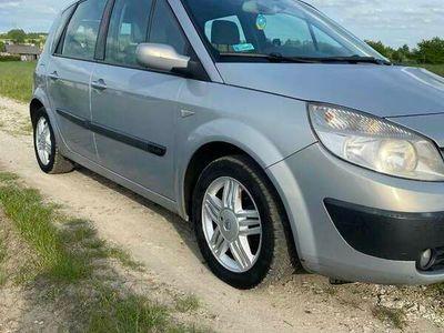używany Renault Scénic II 1.6 16v 2004r.