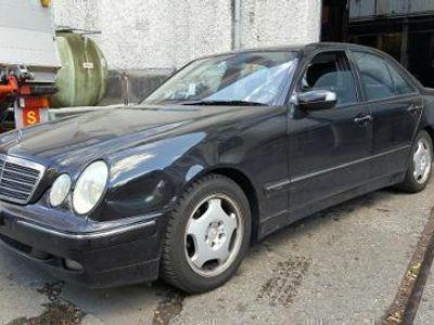 używany Mercedes E320 Klasa E W210Avantgarde 4-Matic Automatic